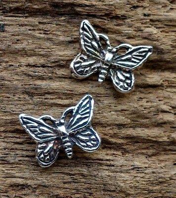 oorknopjes/oorstekers vlinder zilver