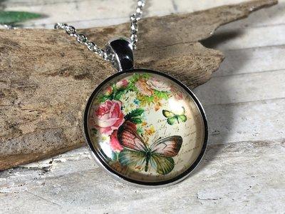 ketting hanger cabochon bloemen + vlindertjes