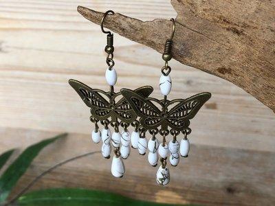 oorbellen vlinder wit