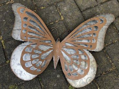 wanddeco vlinder 'old iron' zink 49x35cm