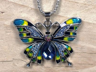 ketting hanger vlinder zilverkleur blauw