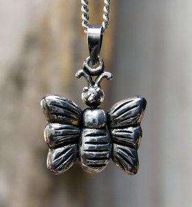 hanger vlinder zilver 20 x 21 mm