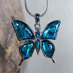 ketting hanger vlinder paua bauw 062