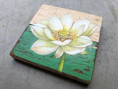 lotus op hout
