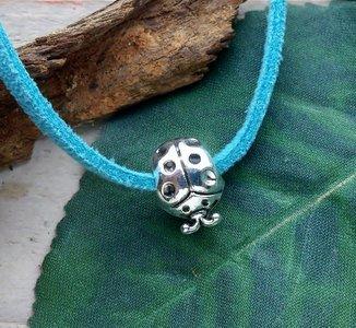 hanger lieveheersbeestje zilverkleur