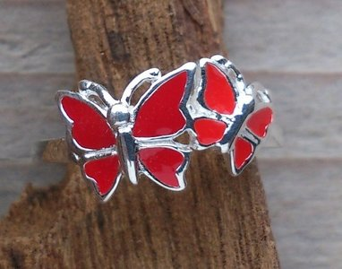 kinderring vlinder zilver rood (maat 13¾ - 14 - 14¼ - 14½ - 15¼ - 15½)