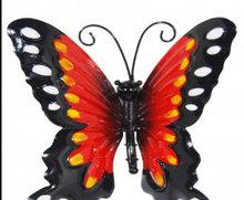 wanddecoratie vlinder metaal rood 13x13cm