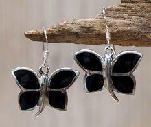 zwarte vlinder oorbellen