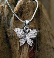 zilverkleurig vlinder kettinkje